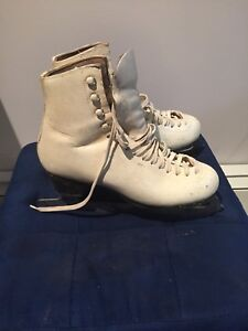 Wifa Figure skates - approx size 7.5 or 8