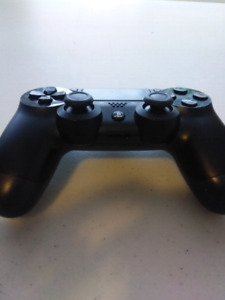 Excellent Condition PS4 Controller