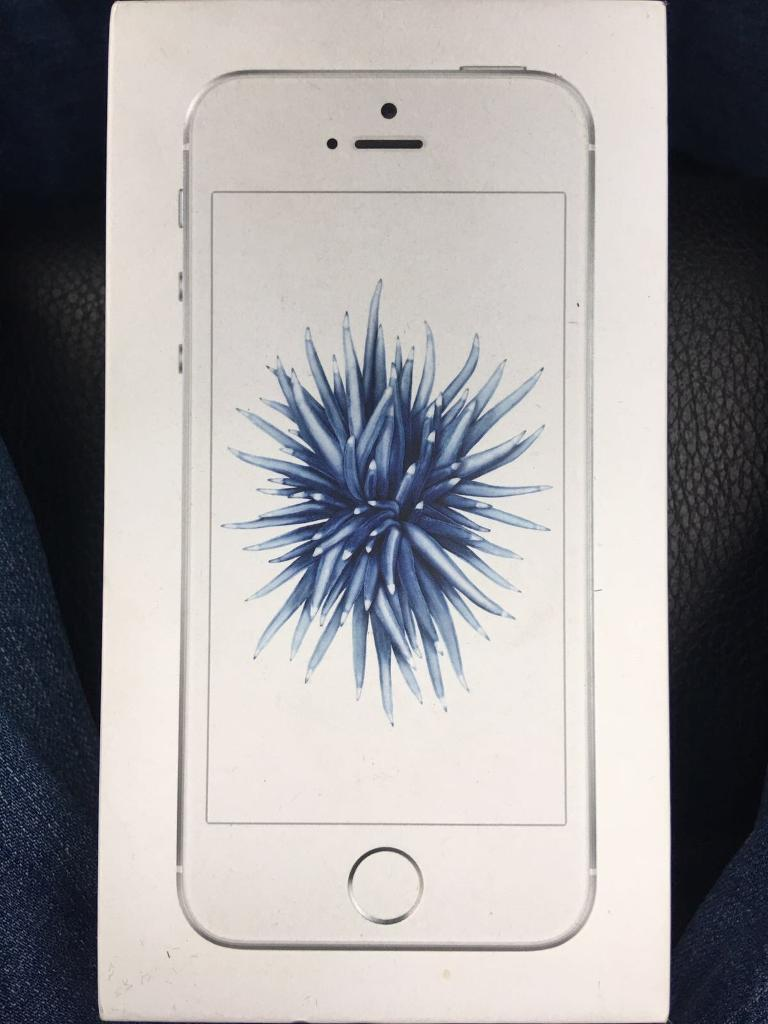 iPhone SE (64GBin Luton, BedfordshireGumtree - iPhone SE for sale. Never been used. Has a minor dent on the side due it to it being dropped but can hardly see or tell as it is very small. The phone is 64GB. Comes with all iPhone accessories. Needs to be gone as soon as possible. Prices can be...