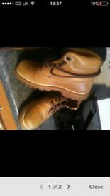 Cat boots size 4