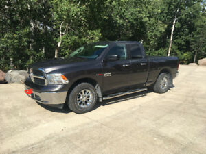 2015 Dodge Power Ram 1500 eco diesel slt Pickup Truck