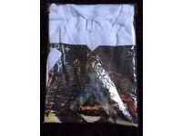 Chicago Mens V Neck T Shirt USA Designer Top medium size brand new