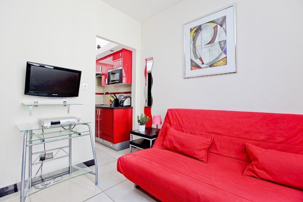 stduio flat for short term