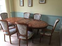 Extendable dining table, 6 chairs and matching sideboard set