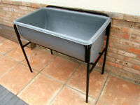 LARGE SINK ~ CHEMICAL RESISTANT ~ POLYPROP ~ BLOW MOULDED SINK ON STAND ~ PORTABLE ~ GOOD CON