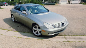 2007 Mercedes CLS550executive sedan,79000 kms
