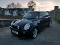 05 Mini 1.6 Petrol, Stunning Black, Low Miles & Full MOT