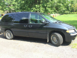 2000 Chrysler Town & Country Familiale