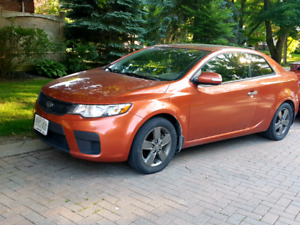 2010 Kia Forte Koup EX Manual 5spd w/ Sunroof - $5000 O.B.O