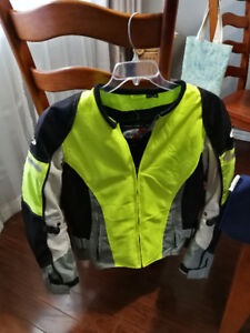 Motorcycle Women's Jackets and Rain Suits