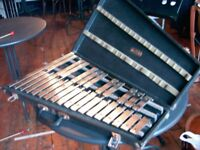 PREMIER GLOCKENSPIEL (ORCHESTRAL BELLS) IN CASE. 2 1/2 OCTAVES. STEEL BARS. FROM EARLY 1970'S