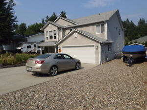 Family Home in a quiet area in Lumby