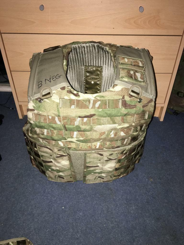 British army issue mtp plate carrier. Size 170/112