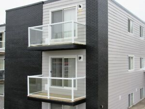 ONE BEDROOM  UNIT-AVAILABLE - SEPT 1st