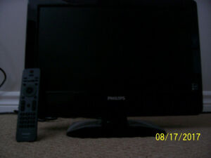"Philips 18"" Flat Screen Tv"