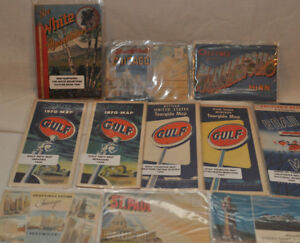 Lot of old paper maps and postcards