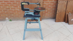 "Delta 16"" two speed Scroll Saw Model:40-560 C With Stand."