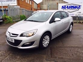 2013 63 VAUXHALL ASTRA EXCLUSIVE 1.4 16v *** ONLY 57,000 MILES ***