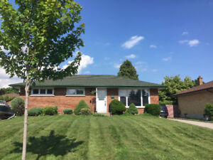 BEAUTIFUL 3 BDRM DETACHED BUNGALOW- RENOVATED & PRIVATE!!!