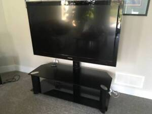 Samsung 52 inch HD LCD TV & Stand