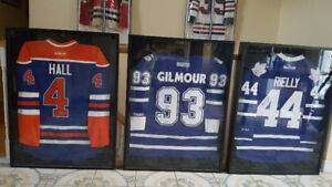 Collectible Hockey Jerseys with COAs Signed & Framed