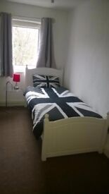 Single Room £250 per calender month