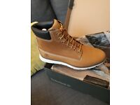 New Timberland shoes size 8