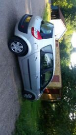 2005 Renault 1.4 silver