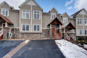 279 Bently Dr Mount Royal townhouse