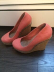 Spring wedges, like new condition. Size 7 -20$ OBO