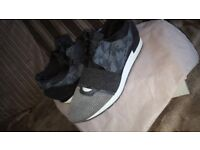 BALENCIAGA MENS RUNNERS SIZE 8 WITH BOX AND DUSTBAG!!!