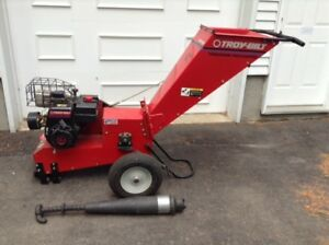"12HP Troy-Bilt Chipper - 4"" capacity"