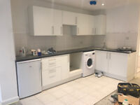 NEW 1 bedroom Flat, SW19 1DG, Yard to South Wimbledon & Colliers Wood Underground,