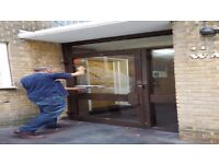St Johns Wood Window Cleaner Expert – 07956 208708