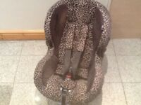 Maxi Cosi Priori limited edition in leopard print group 1 car seat for 9kg upto 18kg(9mths to 4yrs)