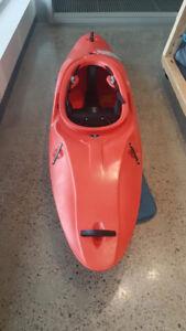 À vendre - Kayak d'eau vive