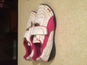 GIRL'S PUMA Running Shoes - Size 3