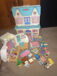 Fisher Price dollhouse doll house with Camper and grand parents