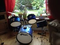 Child's drumkit excellent condition