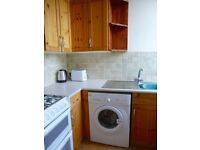 Ref:832 Bright, spacious and well maintained flat in quiet residential Gorgie Road. Avail 29 October