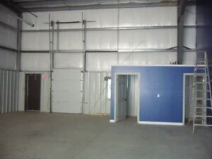 2000 sq. ft. Commercial Unit for Lease
