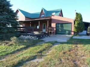 4 Bedroom Farm House and Land For Sale in RM of Coalfields