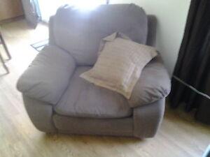 beau fauteuil a vendre rapidement