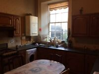 Very large double room all bills included