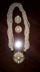 Faux Roped Pearl Necklace & Earring Set