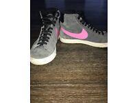 Grey & pink Nike blazer trainers.