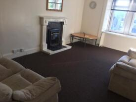 1 bedroom flat with box room