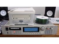 Mint Akai S3000XL with 16MB RAM, OS V2.00 Eprom and external SCSI CD drive