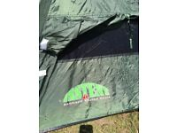 'INSTENT' POP-UP 2-3 PERSON TENT IN EXCELLENT CONDITION.