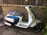 Bellissma 125 Scooter